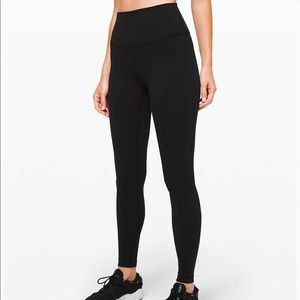 "Lululemon Wunder Under 28"" black"